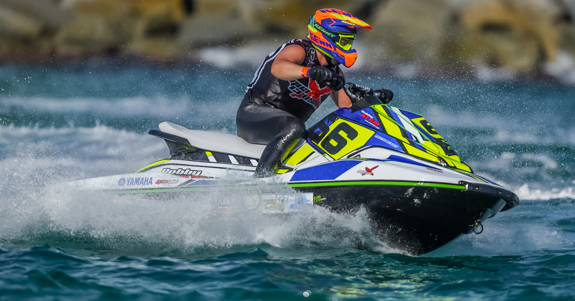 Maxime Benoit secured the Spark / EX class with a dramatic victory in Port Balis