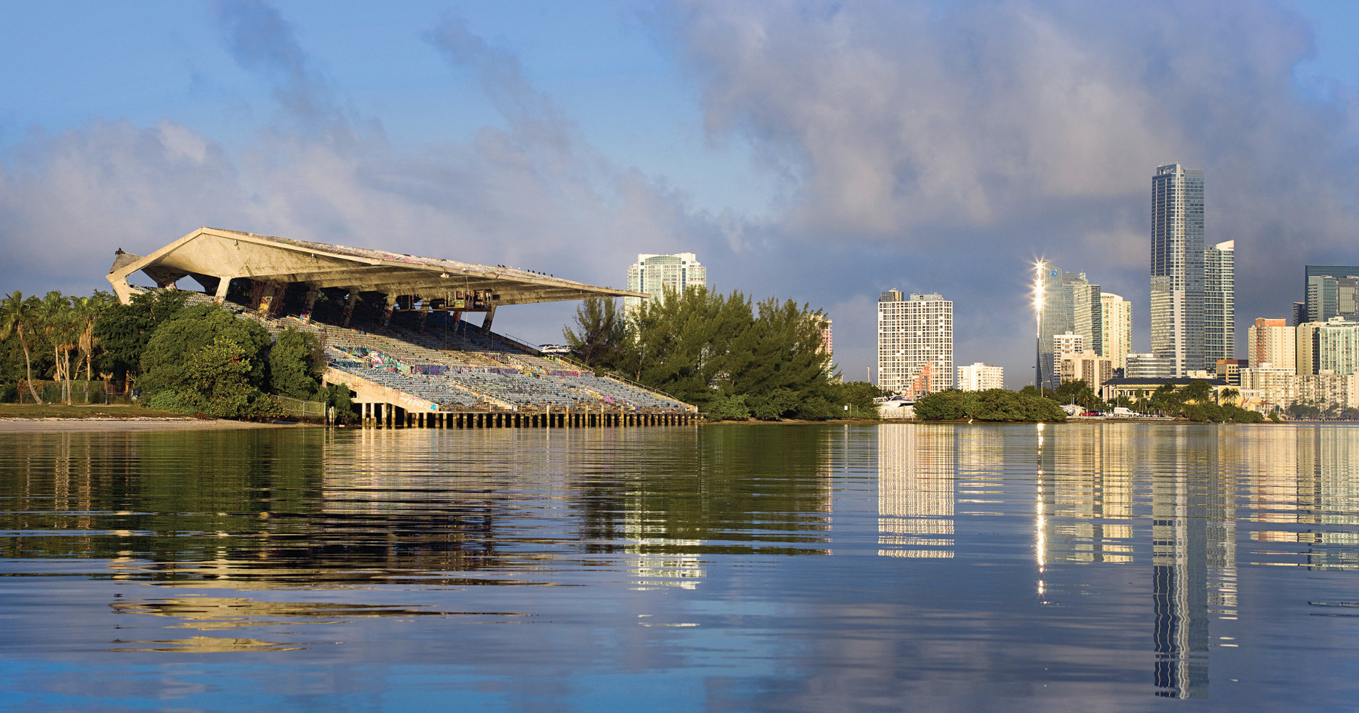 The AquaX US calendar will kick off at the Miami Marine Stadium on April 21/22