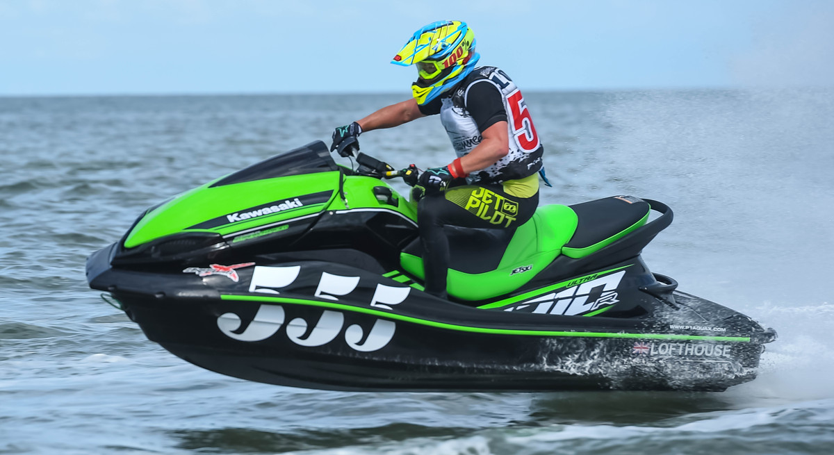#555. UK's Carl Lofthouse improves 6 places in the AquaX World Rankings