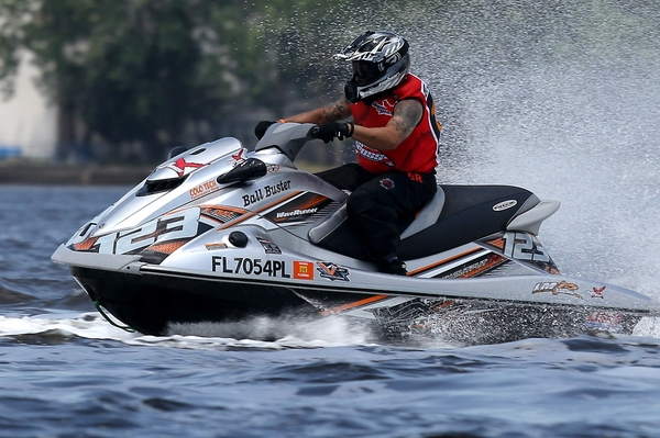 Eric Diaz is ready for his third season competing in the P1 AquaX Amateur Enduro Series