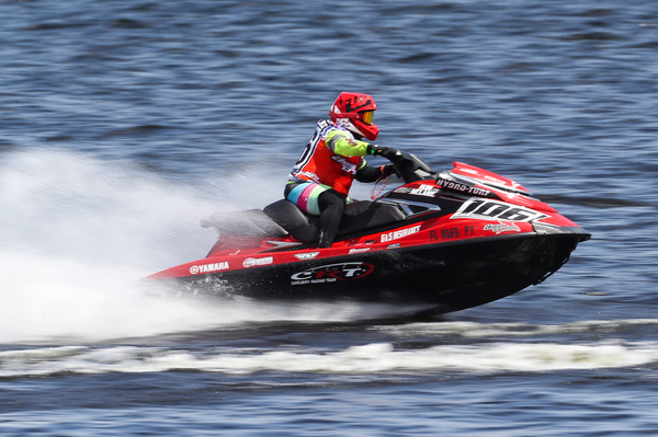 Jose Luis Gonzalez rallied with victory in race two to take the overall win in the 200 class, his first in AquaX