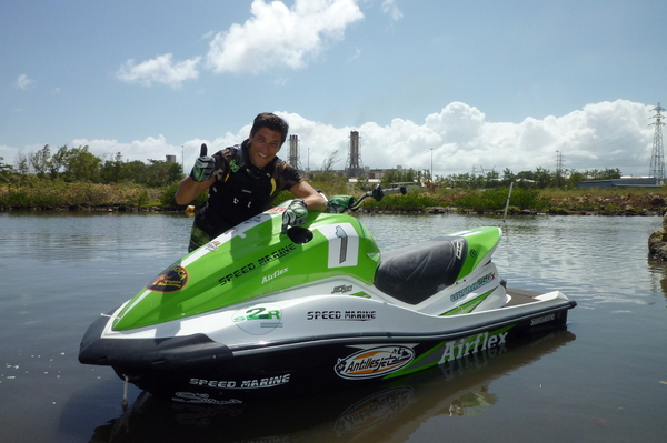 Vincent Thomas is a former professional footballer who is hoping to make his mark on jet ski racing