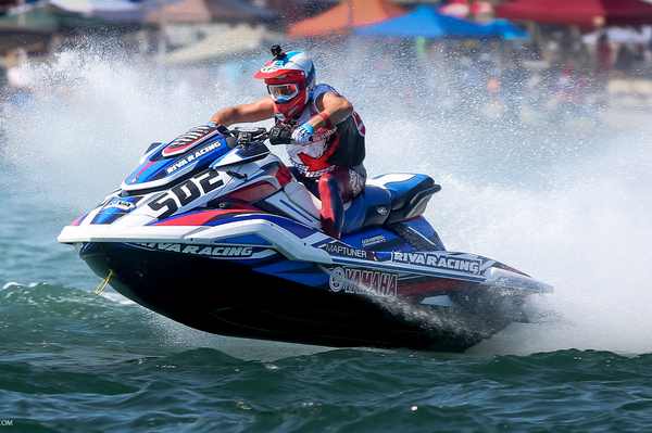 Brian Baldwin Lucas Oil World ranked no.1 AquaX racer