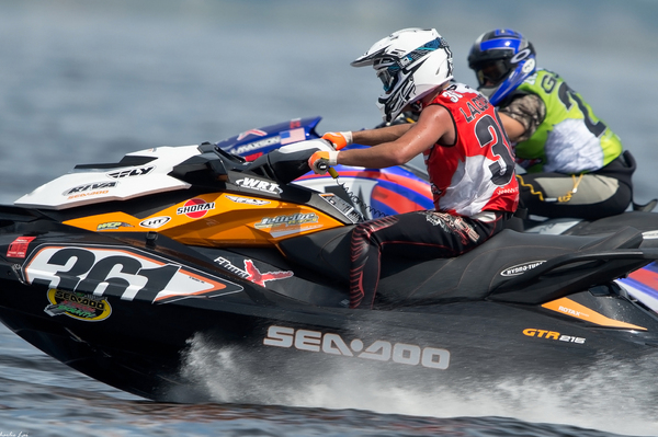 2014 AquaX USA 250hp Champion Eric Lagopoulos