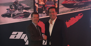 L-R: Greg Bowman, VP, Programming at Comcast SportsNet Chicago, with Powerboat P1 CEO James Durbin