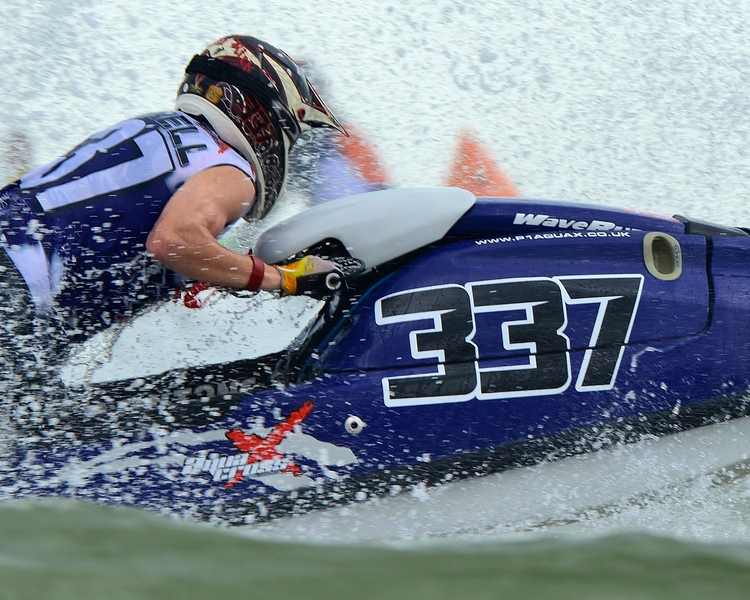 Lee Farrell - P1 AquaX Rider
