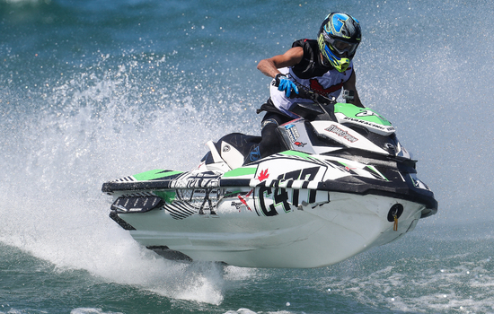 <strong>Jay Edworthy</strong> leads the way in the P1 AquaX USA <strong>Great Lake Series</strong>