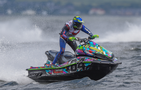 <strong>Harvey</strong> close to winning title on familiar waters